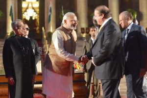 Prime Minister Modi and Pakistani Prime Minister Nawaz Sharif